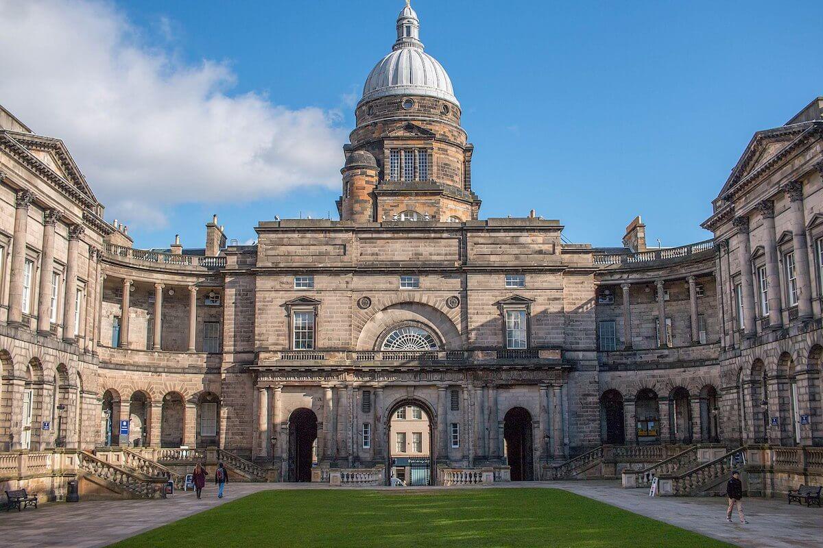 10 Oldest Universities in the UK